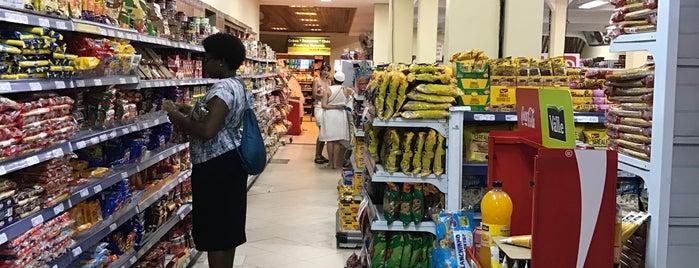 Cambuí Supermercados is one of สถานที่ที่ Raphael ถูกใจ.