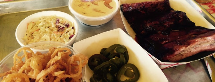Saint Rocco's New York Italian is one of Gr8 Vegan Veggie Spots in DFW.