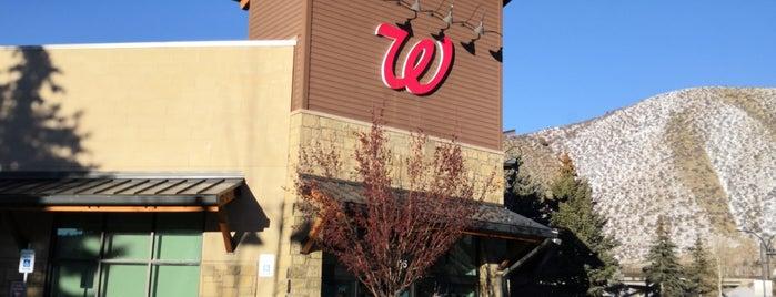 Walgreens is one of Lugares favoritos de Richard.