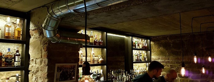 5L Speakeasy Bar is one of Locais curtidos por Dessislava.