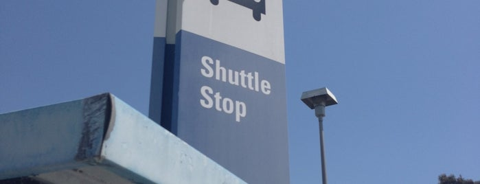 LAX Parking Lot C is one of Posti salvati di Mike.