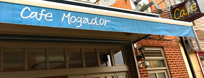 Cafe Mogador is one of Comida.