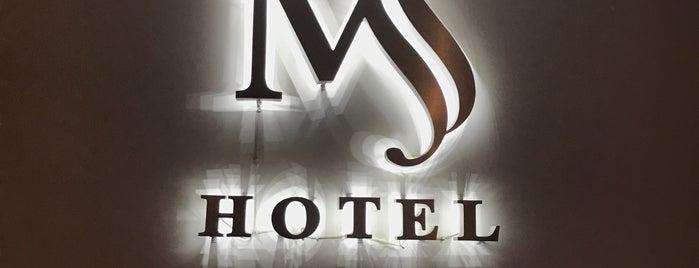Hotel MS is one of Locais curtidos por Efren.