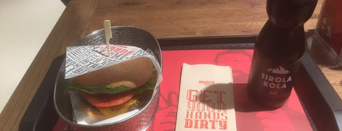 Burger Bros is one of Orte, die Serhan gefallen.