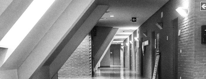 Krankenhaus Brixen / Ospedale di Bressanone is one of Lieux qui ont plu à Borys.