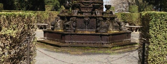 Villa Lante is one of Posti che sono piaciuti a Max.