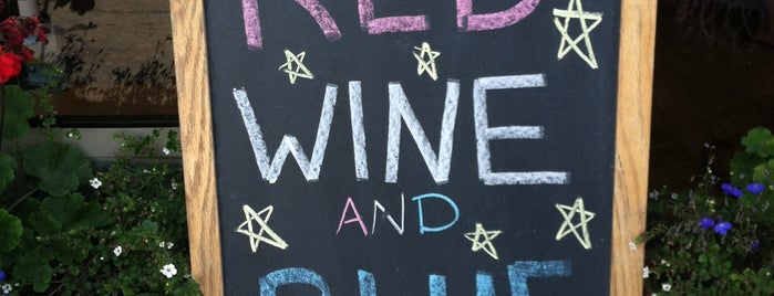 Hamptons Wine Shoppe is one of Moraima in the US.