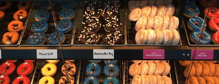Dunkin' is one of Berlin Spandau.