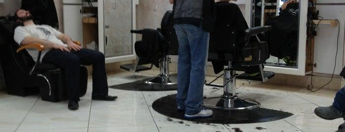Rafael's Barbershop is one of Tempat yang Disukai Jerod.
