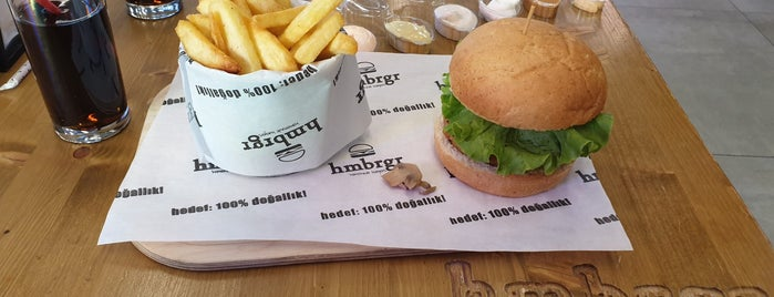 Hmbrgr - Homemade Burgers is one of Gusto 님이 좋아한 장소.