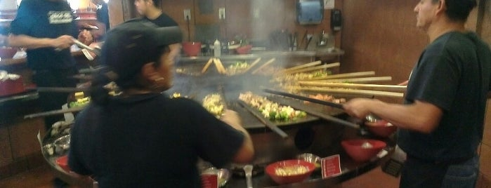 Genghis Grill is one of Estevan 님이 좋아한 장소.