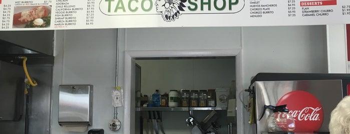 Apache Taco Shop is one of สถานที่ที่ Motts ถูกใจ.