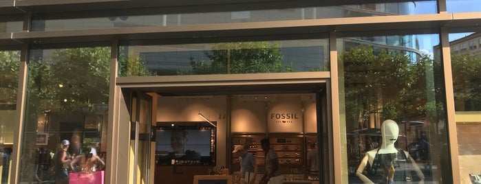 Fossil is one of Joud's Liked Places.