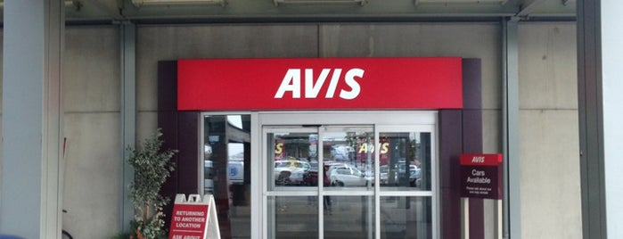 Avis Car Rental is one of Locais curtidos por Jay.