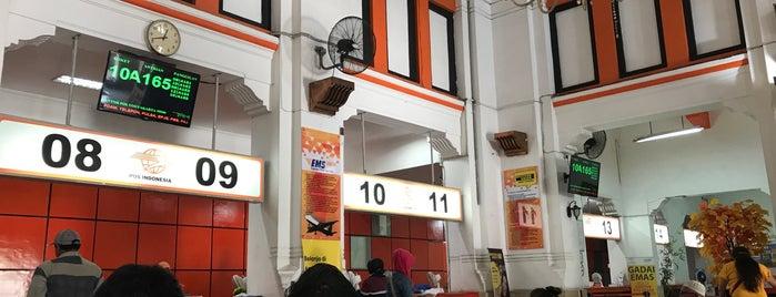 Kantor Pos Besar Yogyakarta is one of Lively Yogyakarta.