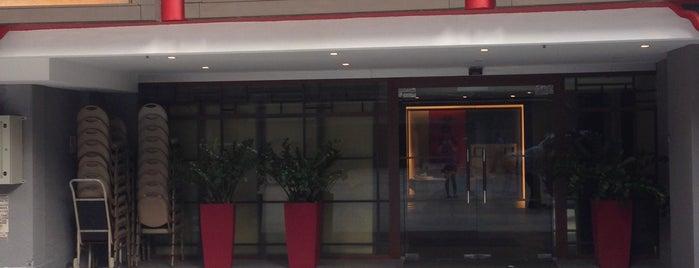 Beng Thin Hoon Kee Restaurant 茗珍奮記菜館 is one of Posti salvati di Mark.