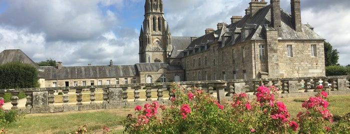 Château de Quintin is one of Bretagne.