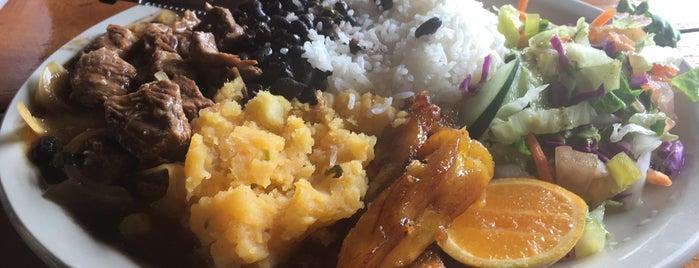 Restaurante El Paso is one of Locais curtidos por Ivan.