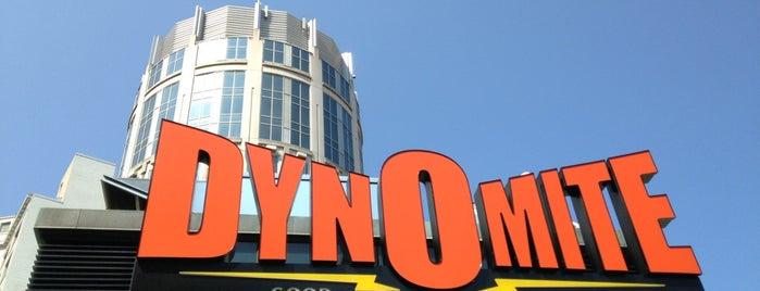 Dynomite Burgers is one of Lugares favoritos de Nicole.