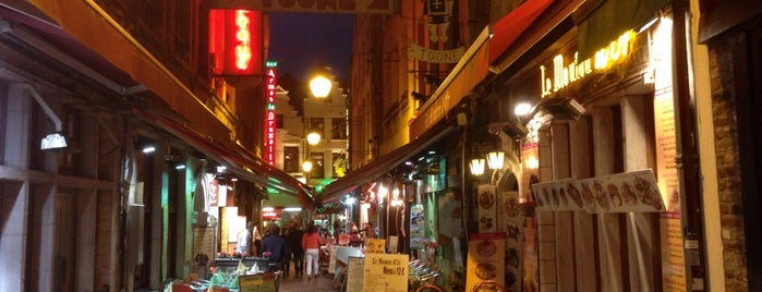 Beenhouwersstraat / Rue des Bouchers is one of Carl 님이 좋아한 장소.
