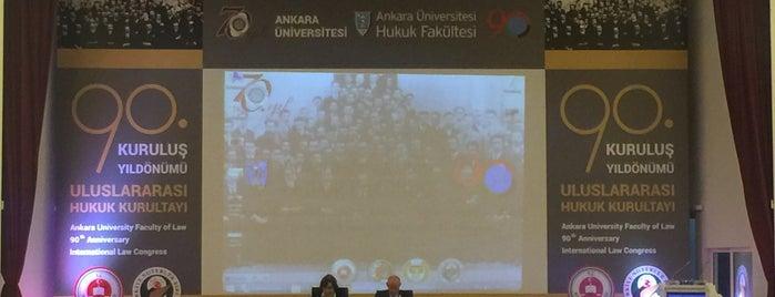 Ankara Üniversitesi Hukuk Fakültesi is one of สถานที่ที่ Osman ถูกใจ.