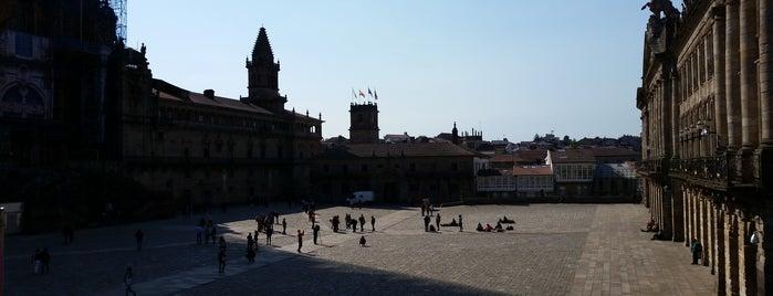 Plaza del Obradoiro is one of Tempat yang Disukai David.