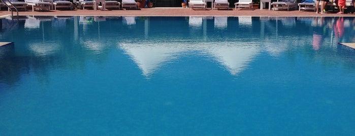 Cunda Doğa Hotel & Beach Club is one of Cunda list.