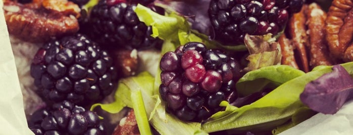 Blackberry Market is one of สถานที่ที่บันทึกไว้ของ Lady TMarie.