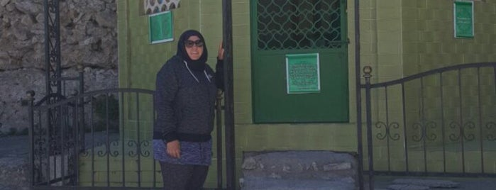 Devran dede türbesi is one of สถานที่ที่บันทึกไว้ของ Yasemin Arzu.