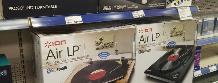 Maplin Electronics is one of Londres.
