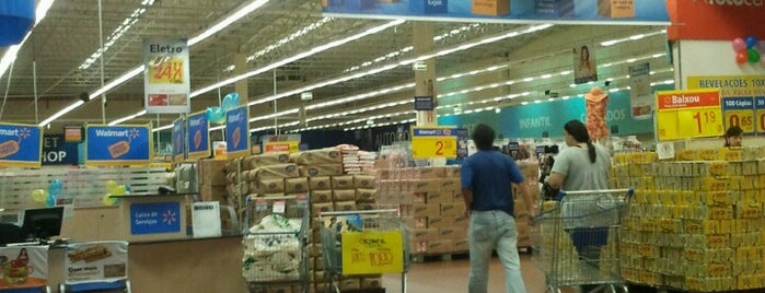 Walmart is one of Locais curtidos por Eric.