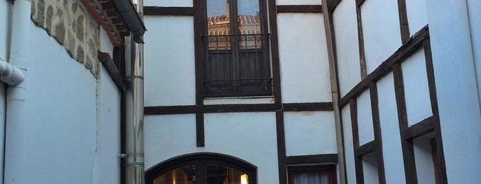 Hotel Palacio de Monjaraz is one of Hoteles en que he estado.