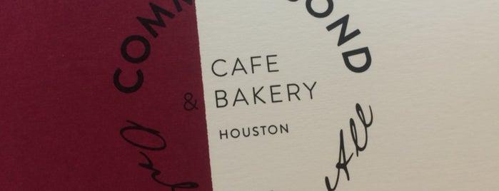 Common Bond Cafe & Bakery is one of Locais curtidos por Amy.