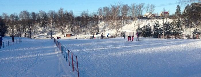 Zorkiy Ski Stadium is one of Dmitry'in Kaydettiği Mekanlar.