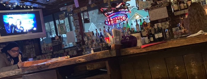 Stockade saloon is one of Tammy'ın Kaydettiği Mekanlar.