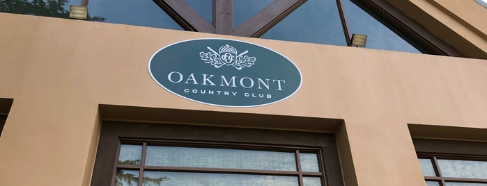 Oakmont Country Club is one of Lizzy 님이 저장한 장소.