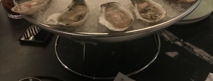 Locals Oyster Bar is one of Raleigh.