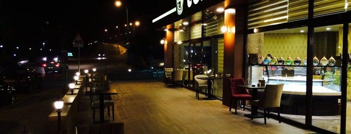 Telvee Pasta&Cafe is one of Orte, die İsim Yok gefallen.