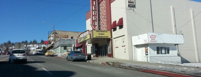 Susanville, California is one of Locais curtidos por Casey.