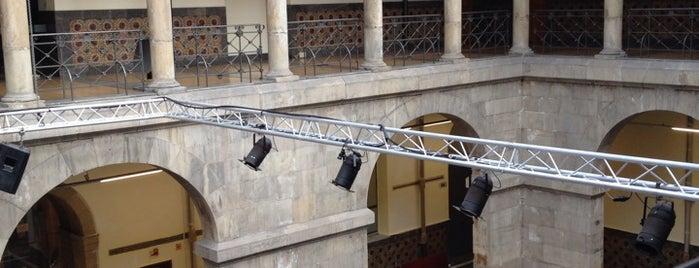 Centro de Cultura Antiguo Instituto is one of Monumentos y edificios singulares de Gijón.