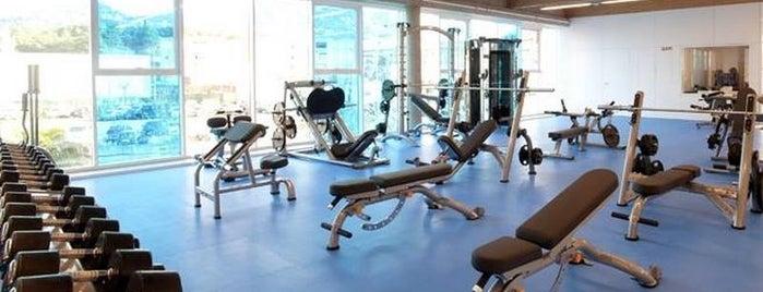 Piscina-Gimnasio municipal de Lloret (Aqua & Sports) is one of Javier 님이 좋아한 장소.
