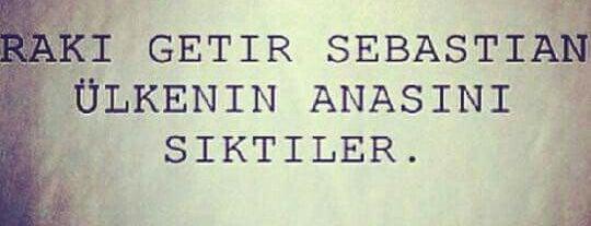 Hacı Ahmet Apartmanî 👑 🎀 is one of C E M T E K O R A Lさんのお気に入りスポット.