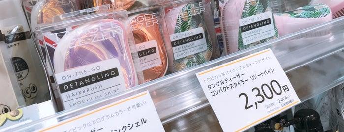 AINZ&TULPE 池袋西武店 is one of Tokyo.