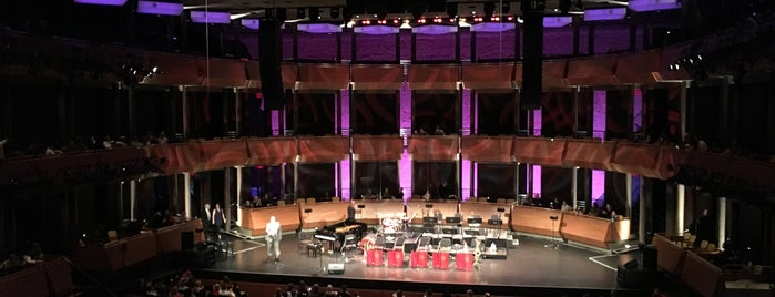 Jazz at Lincoln Center is one of The New Yorkers: Extracurriculars.