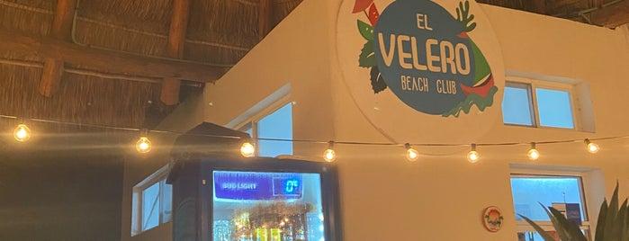 El Velero Beach Club is one of Holbox.