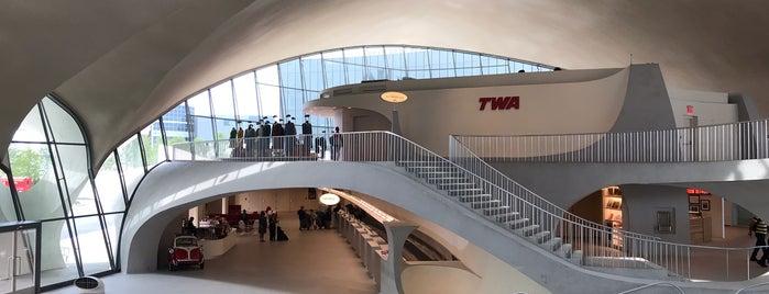 TWA Hotel is one of Orte, die Erik gefallen.