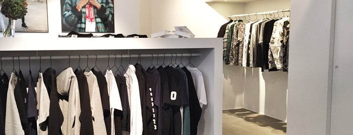 New Black Store is one of Wear!.