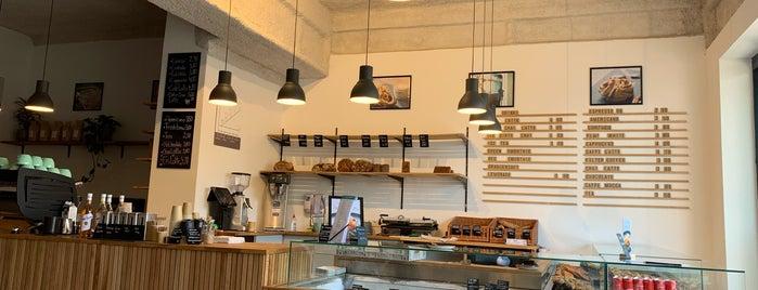 Copenhagen Coffee Lab Belsenplatz is one of Düsseldorf Best: Coffee & desserts.