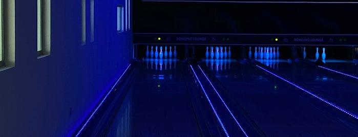 mj's bowling is one of Majd 님이 좋아한 장소.