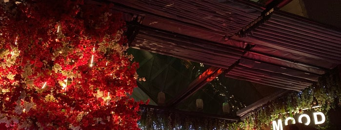 Mood Rooftop Lounge is one of Posti che sono piaciuti a Dr. Sultan.
